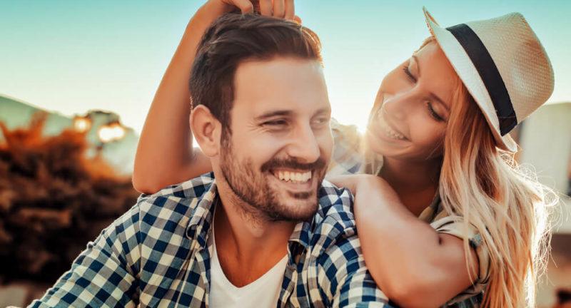 Psychologiczne aspekty miłości – jak dobieramy się w pary?