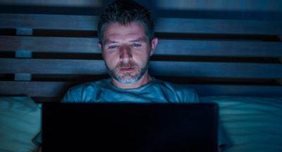 Uzależnienie od pornografii – dlaczego warto podjąć decyzję o leczeniu?